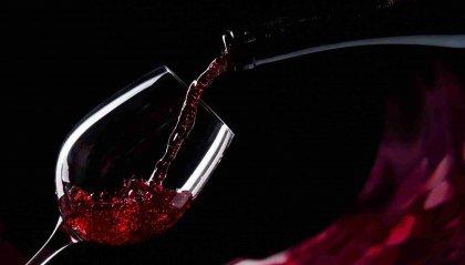 Ad ogni vino il bicchiere