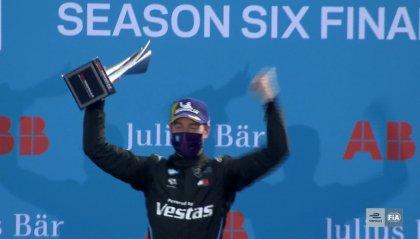 Formula E, gara 11: la vittoria di Vandoorne chiude la stagione