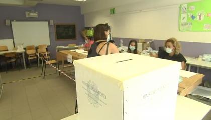 Exit Poll: Si al Referendum 60,64%, ha votato 1 italiano su due. Marche al centrodestra