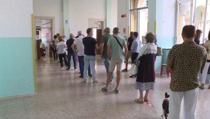 Comunali: sostanziale parità nei capoluoghi, 8 al ballottaggio