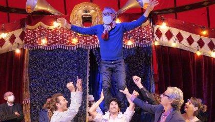 Massimo Bottura fra la magia del circo e lo spettacolo del gusto dà il via ad 'Al Meni', il circo mercato dei sapori