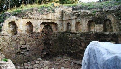 Il mare restituisce una tomba etrusca