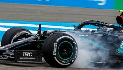 Hamilton davanti a tutti nelle libere del Bahrain