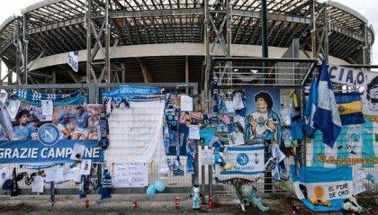 Maradona: Napoli contro la Roma con maglia in stile Argentina