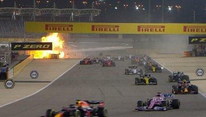 Miracolo Grosjean: la sua Haas si spezza e prende fuoco, lui ne esce illeso