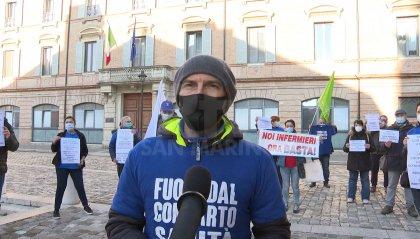 Rimini: proteste infermieri per le morti dei colleghi, sono 50 dall'inizio della pandemia
