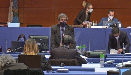 """Opposizione: """"700mila euro in consulenze, anziché in salute pubblica e aiuti alle imprese"""""""