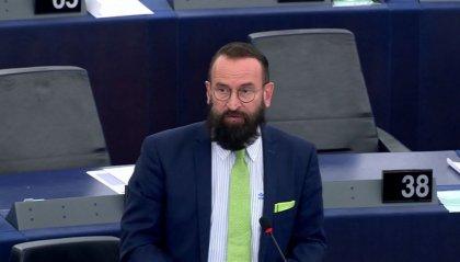 Bruxelles: polizia scopre orgia di soli uomini, tra loro eurodeputato ungherese ultraconservatore