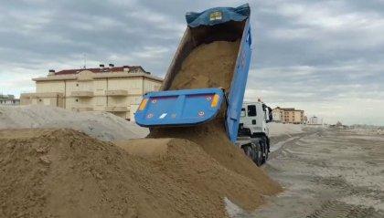 12.000 metri cubi di sabbia per il ripascimento della spiaggia di Misano