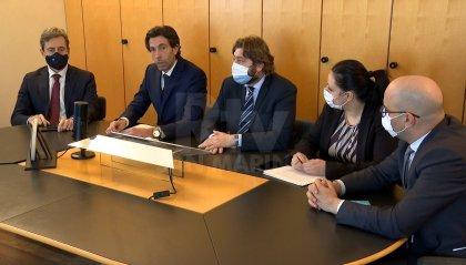 Congresso: ristori in arrivo nelle prossime settimane, nelle scuole si lavora per ridurre l'utilizzo di mascherina