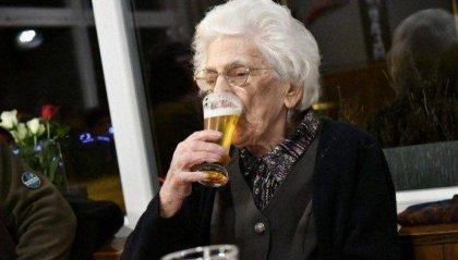 Bevi birra e campi 100 anni