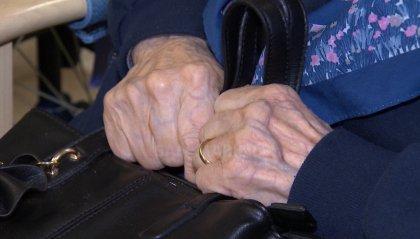 """La """"truffa dei vaccini"""" tra quelle che hanno gli anziani come obiettivo. A Rimini parte la campagna dei carabinieri"""