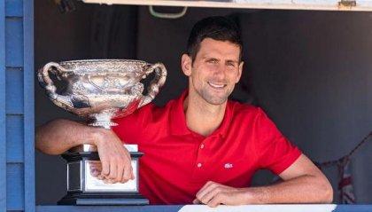 Djokovic sul tetto del mondo, l'omaggio di Belgrado