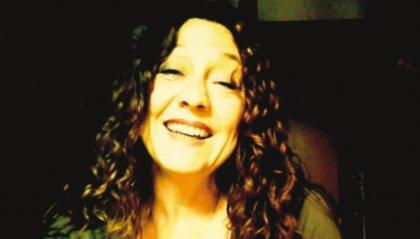 #IOSTOCONGLIARTISTI - Al telefono: Silvia Donati