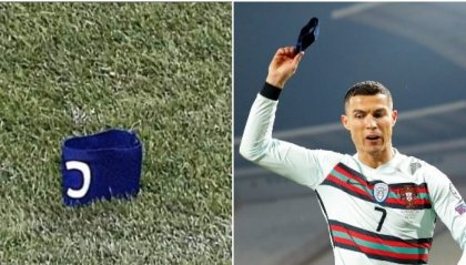CR7 e la fascia da capitano gettata a terra che va all'asta per beneficenza