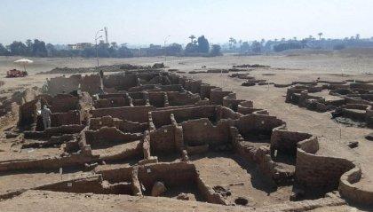 """Ritrovata in Egitto la """"Città d'oro perduta"""""""