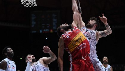 Basket: confermato il risultato di Fortitudo Bologna - VL Pesaro 77-79