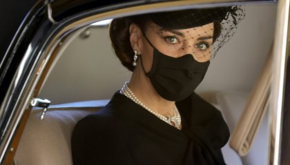 Kate  Middleton: prove generali da Regina