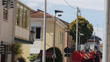 Rivazzurra: bimbo chiude la mamma in bagno, arrivano i Vigili del fuoco