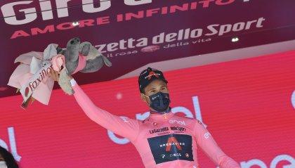 Filippo Ganna è la prima maglia rosa