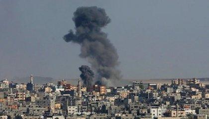 """La guerra a Gaza non si ferma. UE: """"L'escalation di violenza deve cessare"""""""