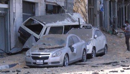 Gaza: offensiva di terra prima annunciata poi smentita da Tsahal; ma continuano i raid