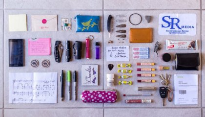 Sarah Benton: la fotografa delle borse delle donne