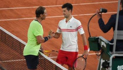 Tennis: Parigi, Djokovic batte Nadal e va alla quinta finale