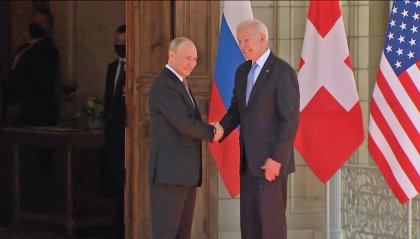 """Biden-Putin, per il Cremlino incontro """"alquanto positivo"""""""