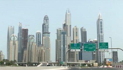 Emirati Arabi: con le vaccinazioni l'economia riparte