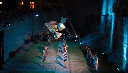 Lotte di gladiatori e coreografie di bandiere: così si è conclusa Historica