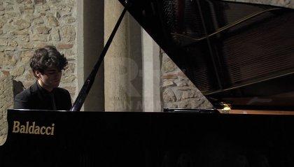 """Il chiostro del Convento di Valdragone si riempie di musica al primo concerto di """"Classica Giovani"""""""