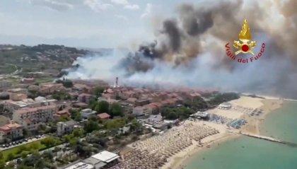"""Incendio Pescara: zona bonificata nella notte; Curcio: """"Giornata drammatica"""""""