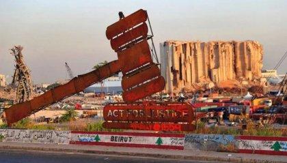 Scontri a Beirut, manifestanti forzano area Parlamento