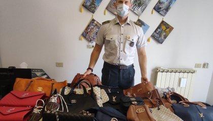 Rimini: sequestrati 7000 articoli contraffatti per la vendita in spiaggia