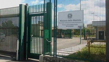 Detenuto spara nel carcere di Frosinone