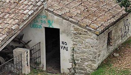 Vandali in azione a Novafeltria in vari punti della città