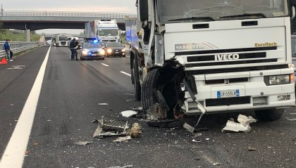 A14: tamponamento in autostrada, coinvolti alcuni mezzi pesanti