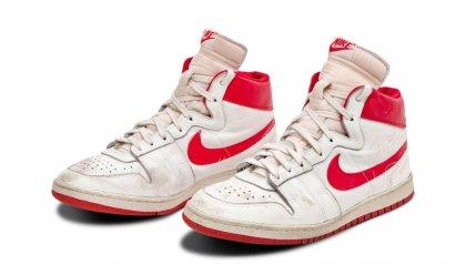 All'asta le sneakers di Michael Jordan