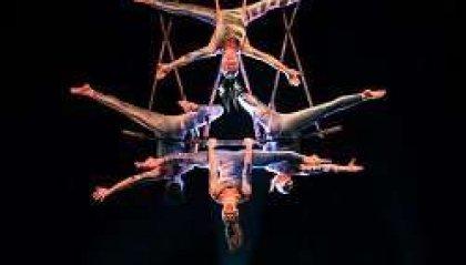 """Danza acrobatica, """"Meraviglia"""" con i Sonics al Bonci di Cesena"""