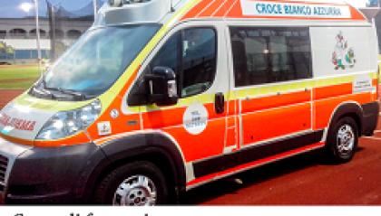 Volontario con la Croce Bianco Azzurra